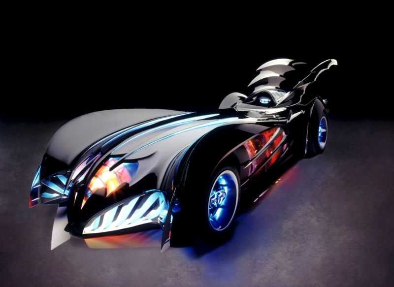 1997 Batmobile (Batman & Robin): The only film version of the Batmobile that was a single-seat convertible. The first design of this Batmobile resembled a bullet and had enormous wings emerging from the rear of the vehicle upon start up and retracting when the vehicle would come to a full stop.