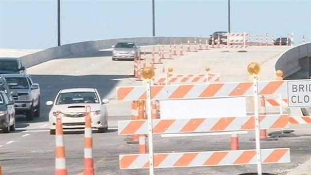 The southbound lanes of the Lake Pontchartrain Causeway in Metairie is expected to fully open to commuters by the end of the week after two years of construction.
