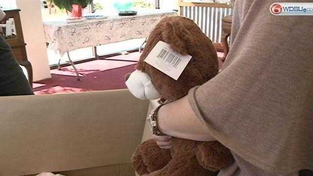 A Slidell mother is aiming to collect 600 teddy bears to send to children affected by the Sandy Hook Elementary School shooting.