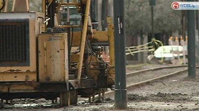 RTA works to clear neutral ground on St. Charles Avenue by Carnival
