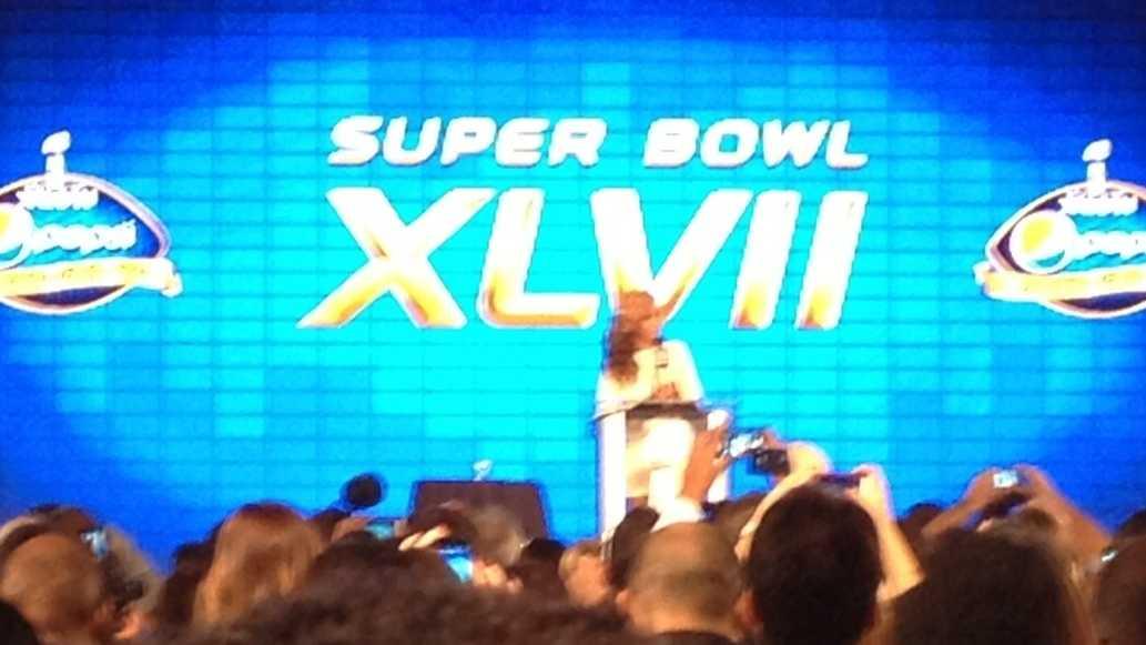 Beyonce at Super Bowl newser