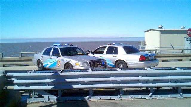 Causeway police close southbound lanes Thursday morning