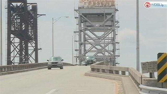 The Regional Planning Commission unveiled a proposal that it hopes will relieve the commuting headaches surrounding the Belle Chasse tunnel and bridge.