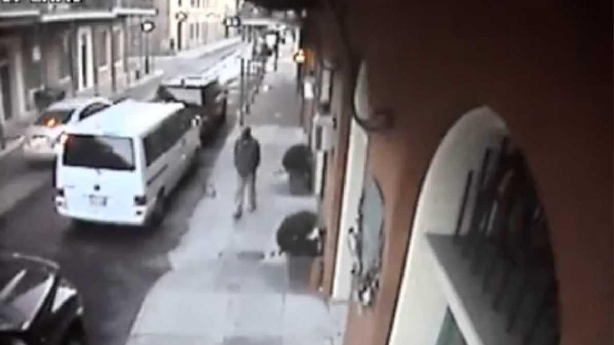 Man in 1100 Chartres Street van burglary