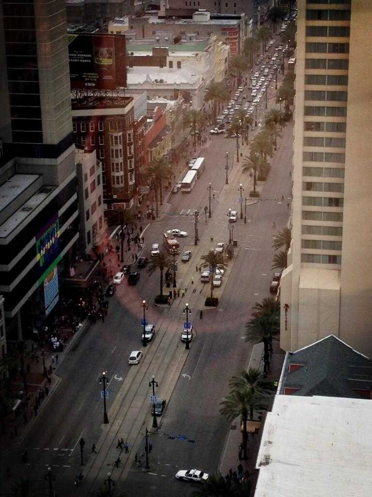 A WDSU viewer sent this photo via Twitter, showing the scene below where police were investigating a bomb threat at a hotel on Canal Street.