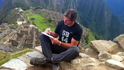 Scott Fujita signed a one-day contract with the New Orleans Saints to retire as a member of the team in Machu Picchu on Monday