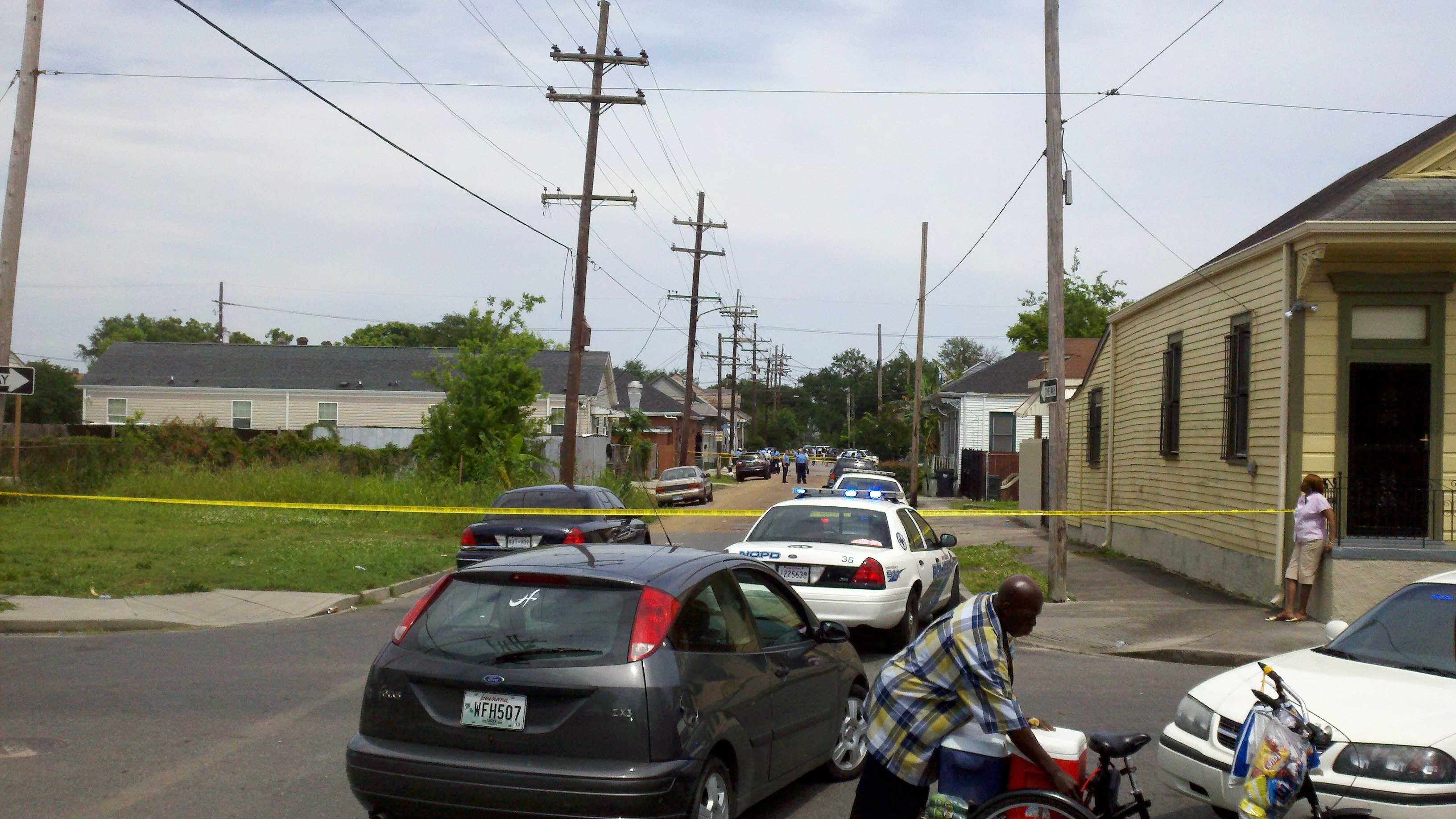 Frenchmen Villere streets shooting