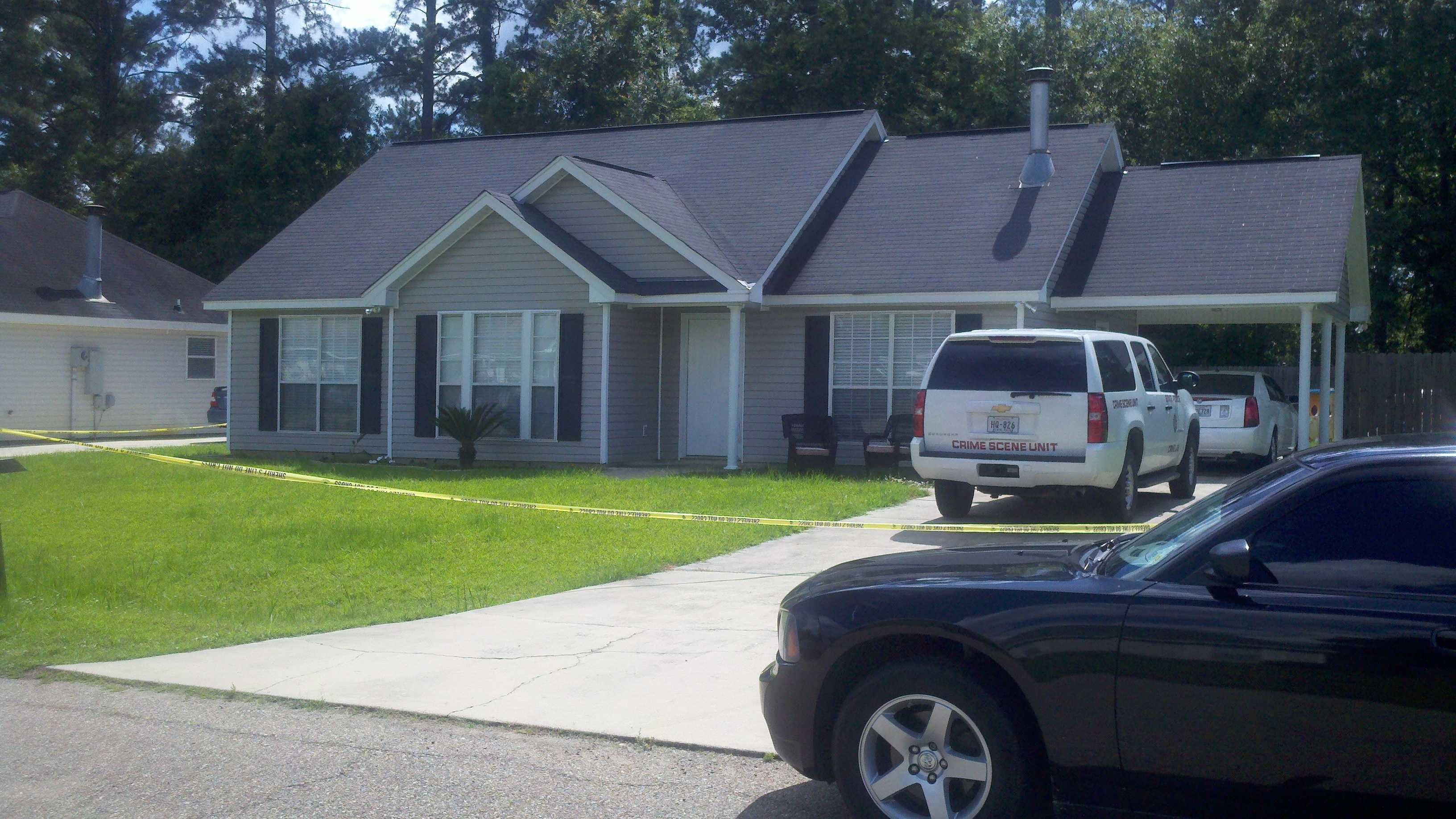 Authorities in Tangipahoa Parish found a man and woman dead from an apparent murder-suicide. A 5-month-old baby was found alive in the home.