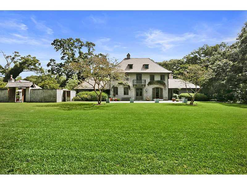 Gardner Realtors shows this Baton Rouge, La., home in this week's Mansion Monday Slideshow. The home is at 6257 Highland Road in Baton Rouge, La., which is listed at $2,750,000. For more information contact them by email at info@gardnerrealtors.com or by phone: 800-566-7801.