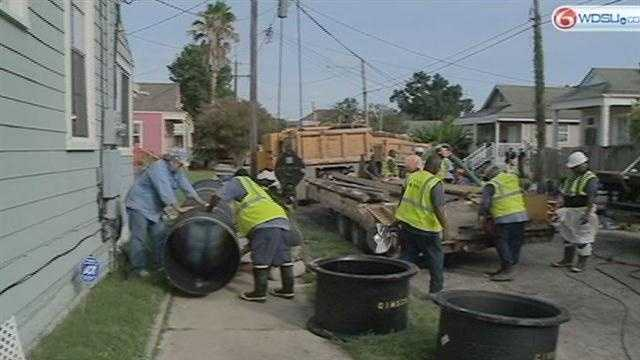 Low water pressure for Carrollton neighbors as crews repair broken water main