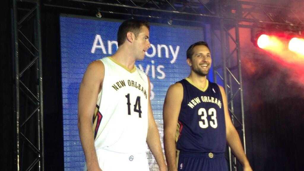 Pelicans uniform.jpg