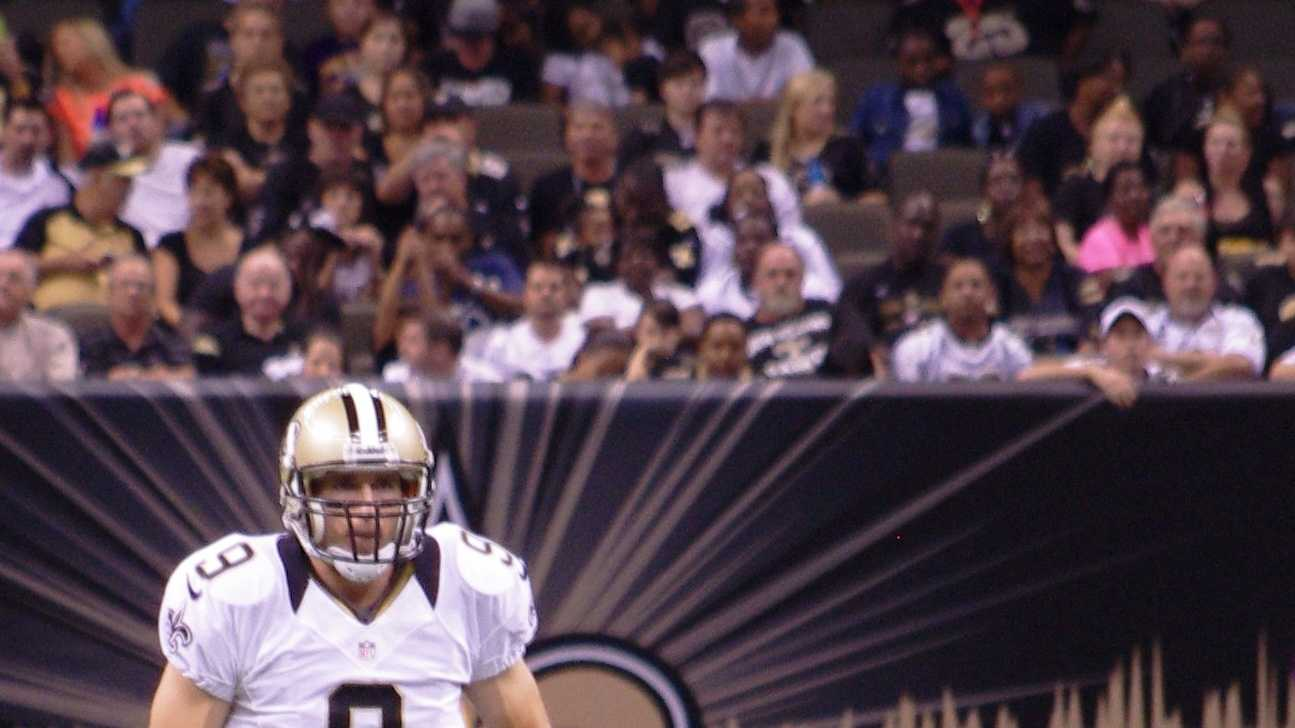 Drew Brees and Brian De La Puente.JPG