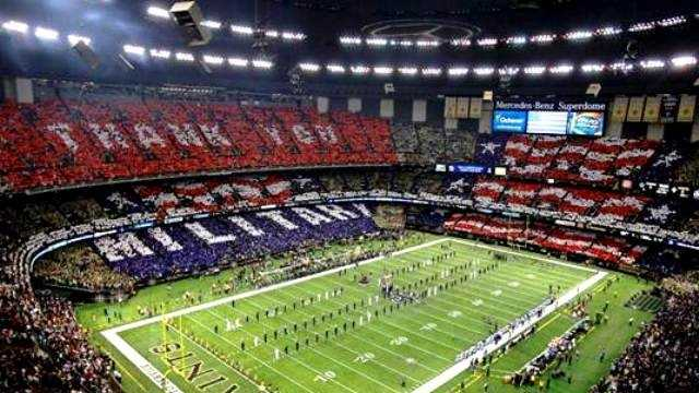 "Tens of thousands of fans helped send a ""thank you"" message to past and present military men and women during the Saints-Cowboys game Sunday night."