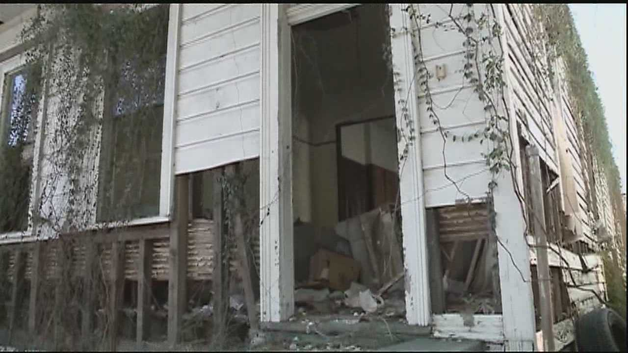 Neighbors of one house in Central City says the building needs to be torn down.