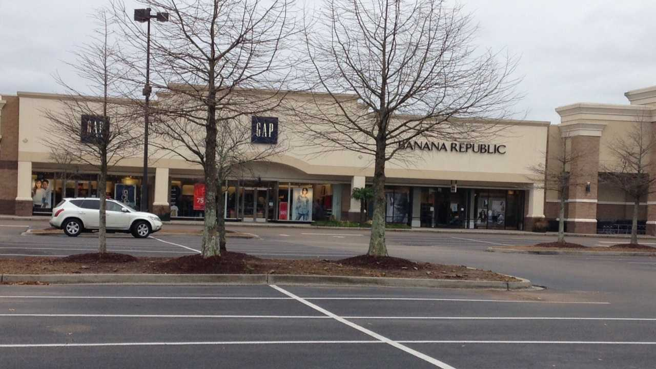 Mandeville premiere center closed 3.jpeg