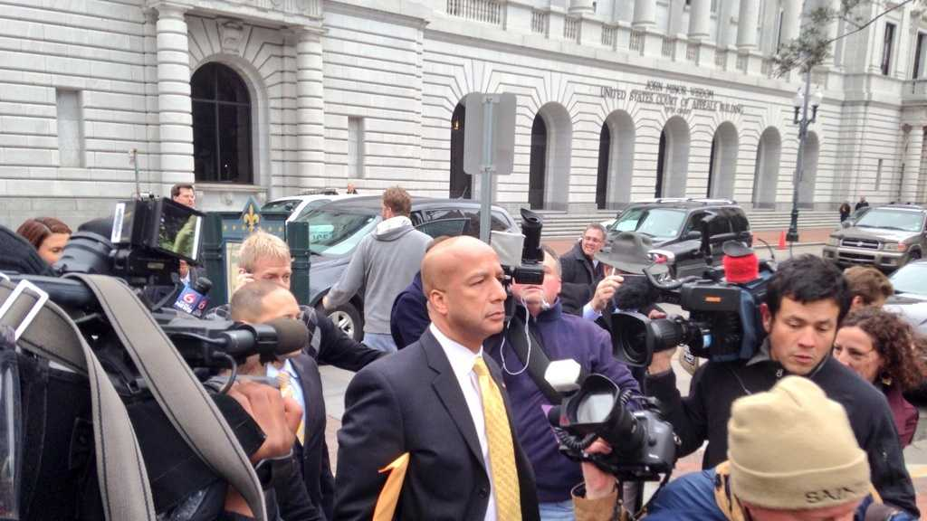 Former Mayor C. Ray Nagin leaves the federal courthouse after being convicted on 20 counts of corruption. (Feb. 12, 2014)