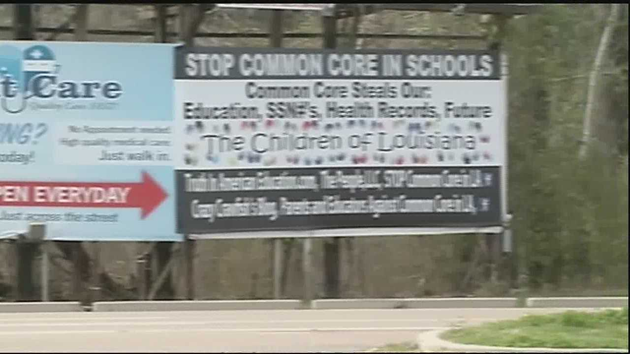 Billboard pop up on Northshore protesting Common Core