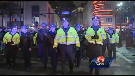 -img1-Raw-video-City-officials-shut-down-Bourbon-Street-at-midnight.jpg