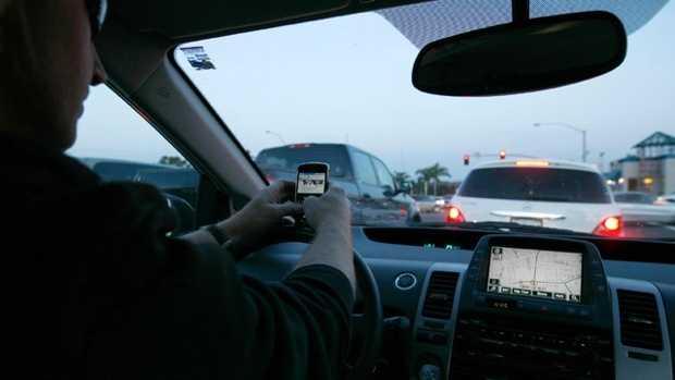 Car cell phones use.jpg