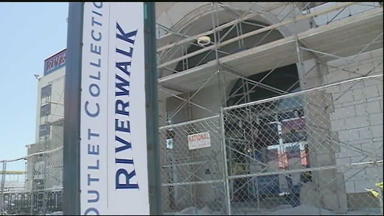 Outlet Collection at Riverwalk to open Memorial Day weekend
