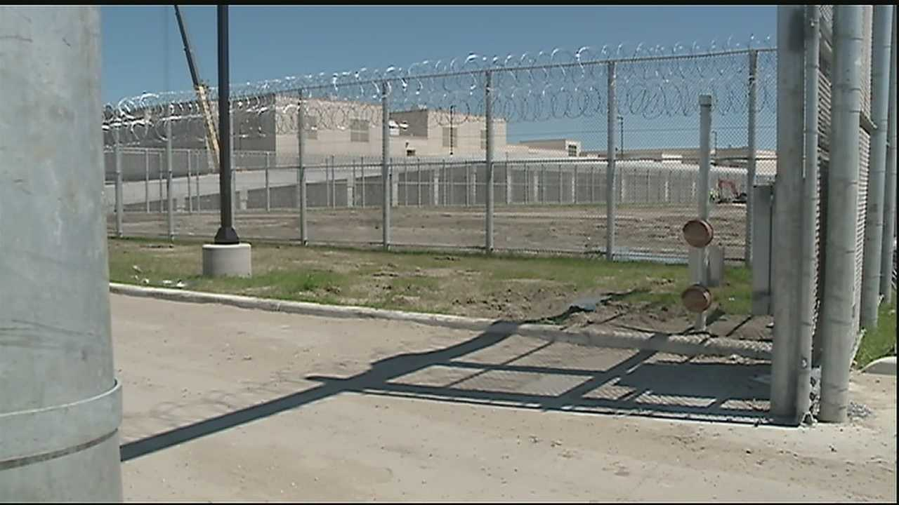 Could hundreds of beds be sitting empty after the $100 million dollar prison in Plaquemines Parish is finished being built?