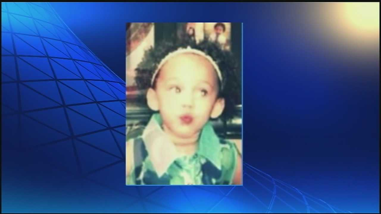 Toddler dies in above-ground pool