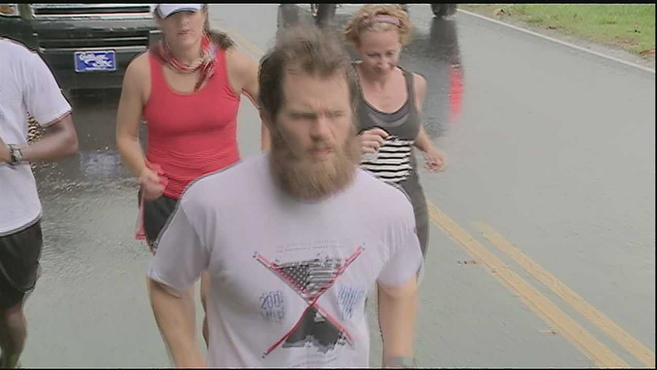 A Hammond man is going the distance running 200 miles in three days to support the troops. He started the long-distance run Thursday morning in Plaquemines Parish.