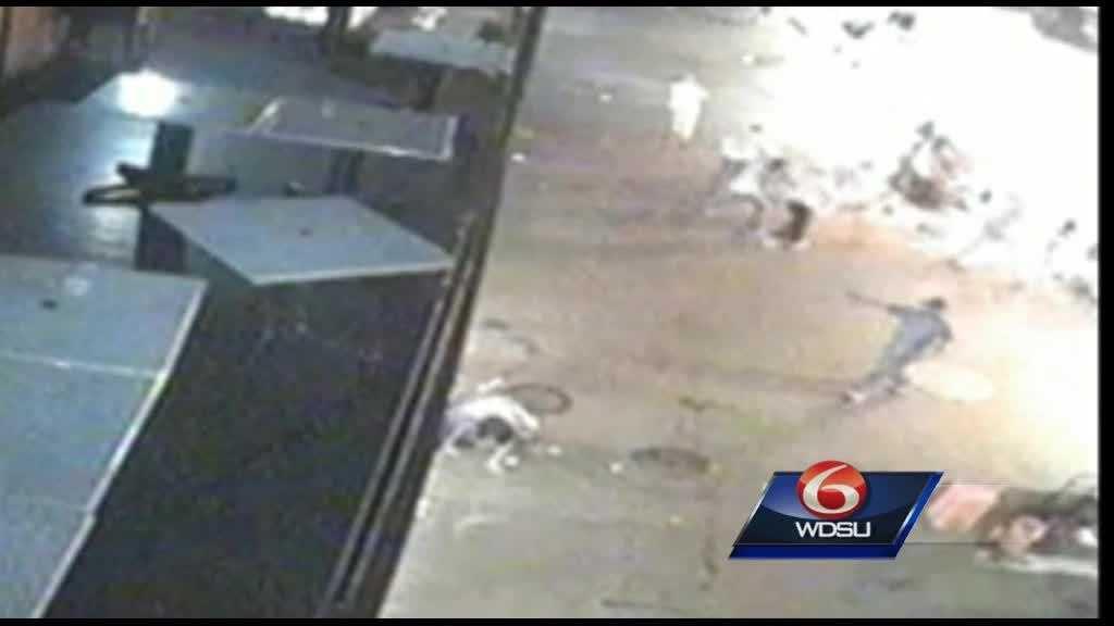 (img12)Surveillance video shows suspect in Bourbon Street shooting