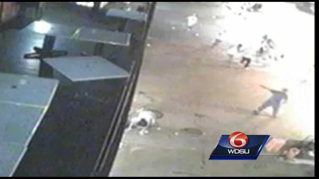 (img13)Surveillance video shows suspect in Bourbon Street shooting