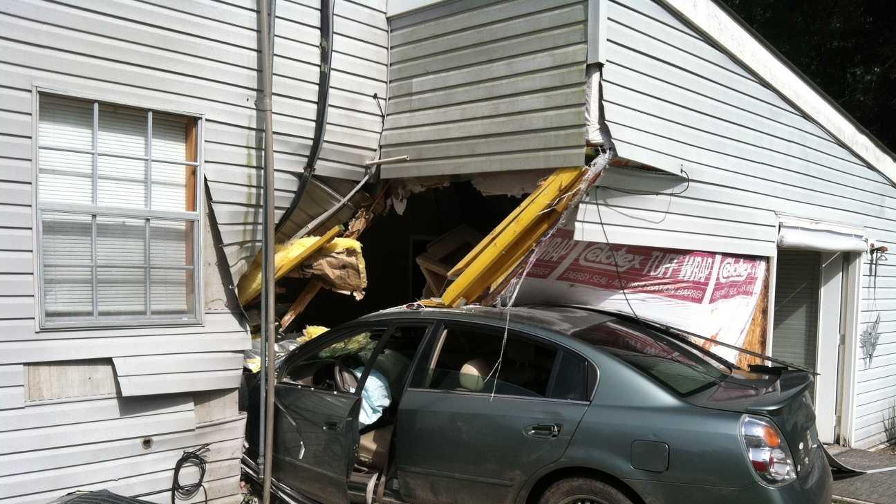 Lacombe business crash.jpeg