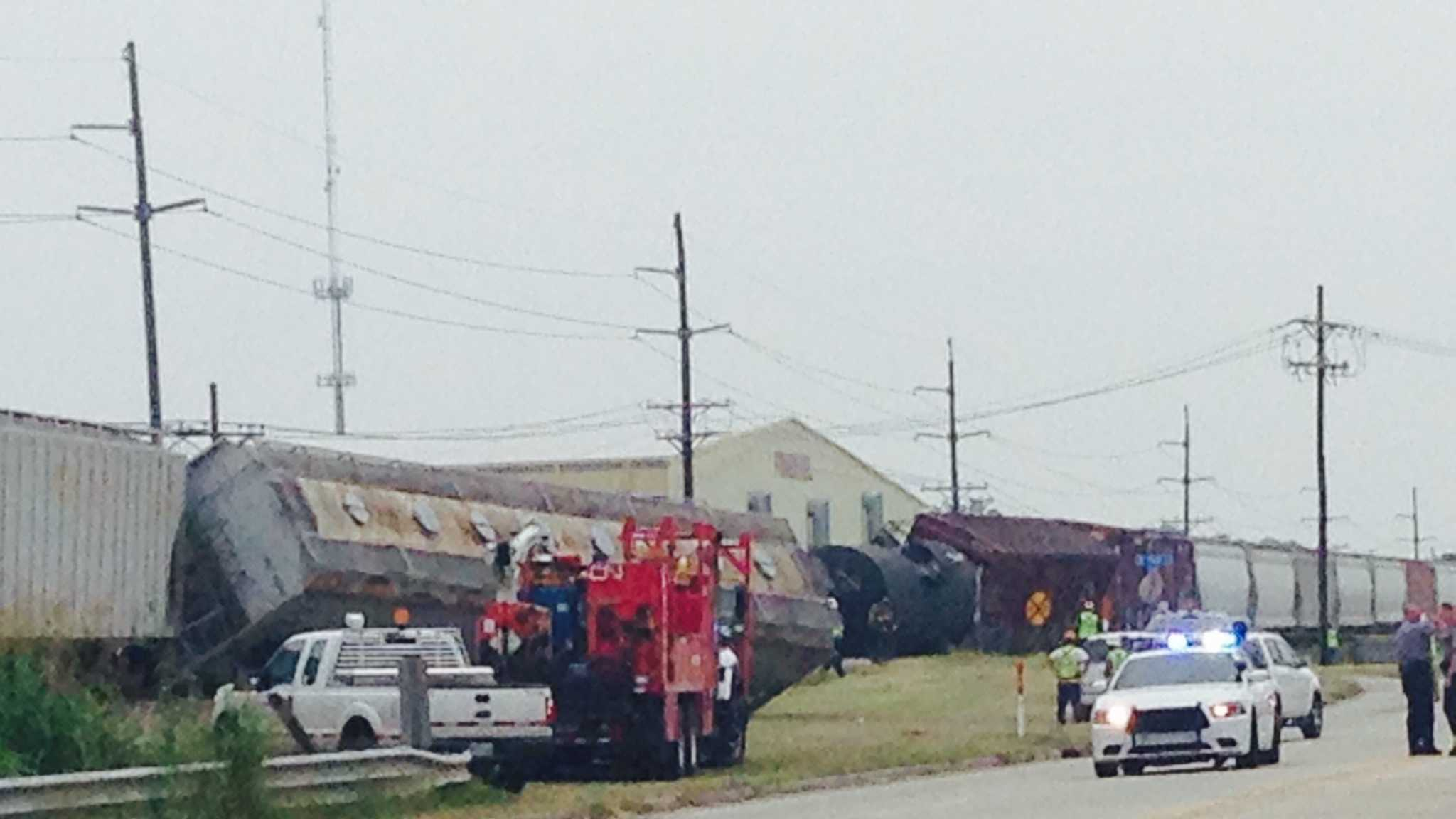 The Baton Rouge Fire Department says six tank cars and boxcars in the middle of a Canadian National freight train have derailed.