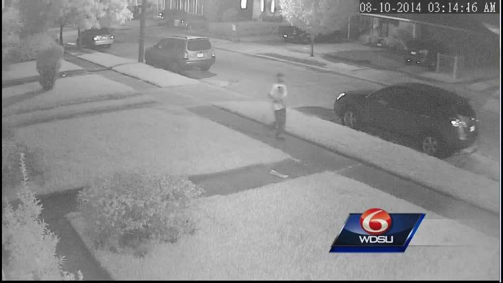 (img1)Raw Video JPSO seeks suspects in Metairie vehicle burglaries