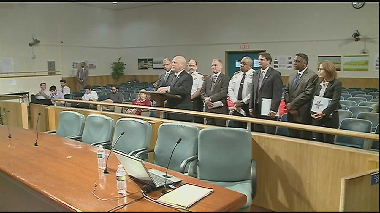 New Orleans Mayor Mitch Landrieu asked for a special council meeting to present the proposal for the 2015 operating budget.