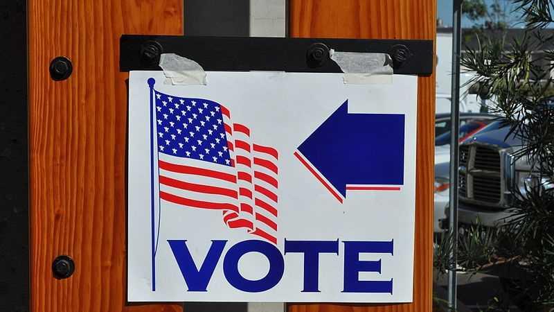 votingsign.jpg