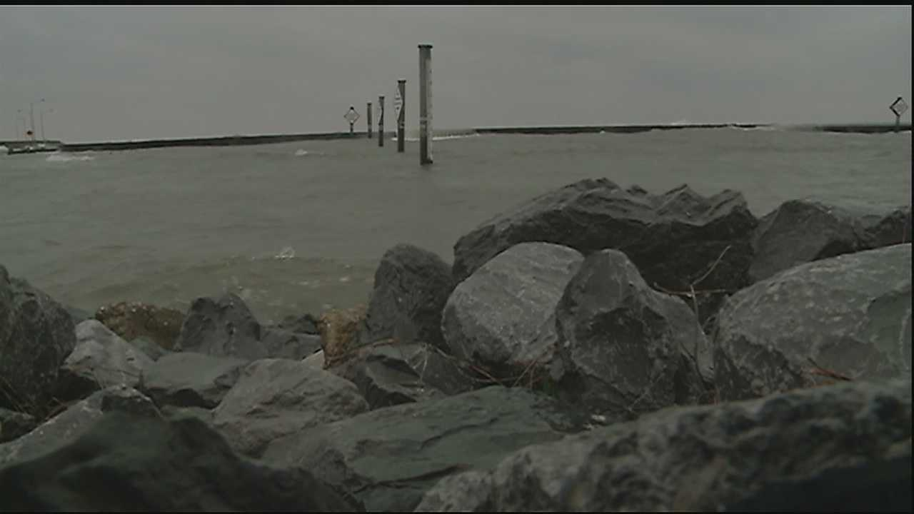 The search continues Thursday for a plane that went missing off the coast of Lake Pontchartrain.