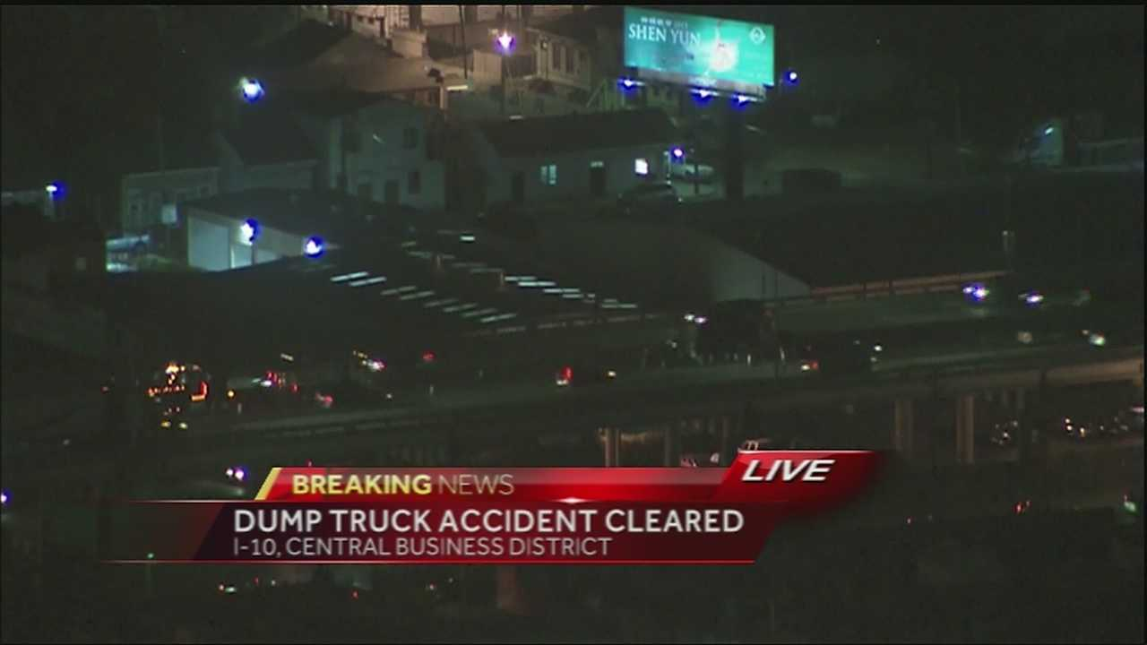 Dump truck accident cleared on I-10