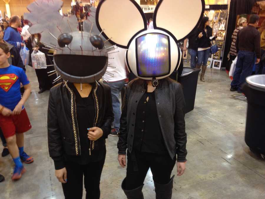 Deadmau5 or DeadM1ce?