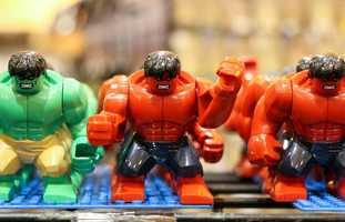 Lego Hulks.