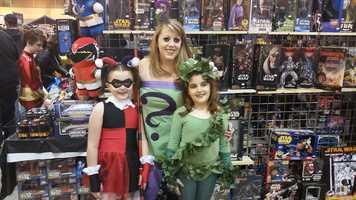 Little Harley Quinn, Poison Ivy and mom Riddler.