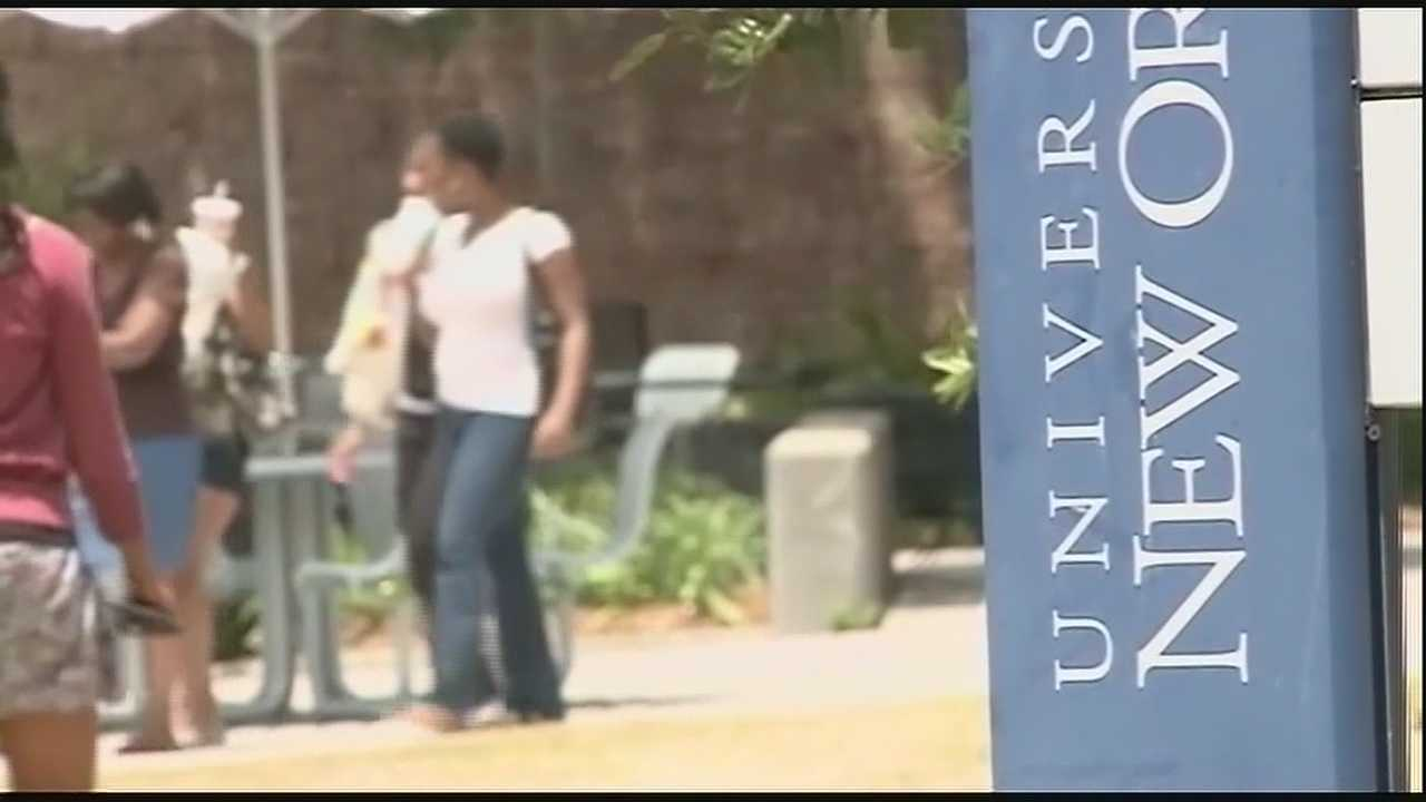 Students give opinions on possible merger of two campuses along New Orleans Lakefront.