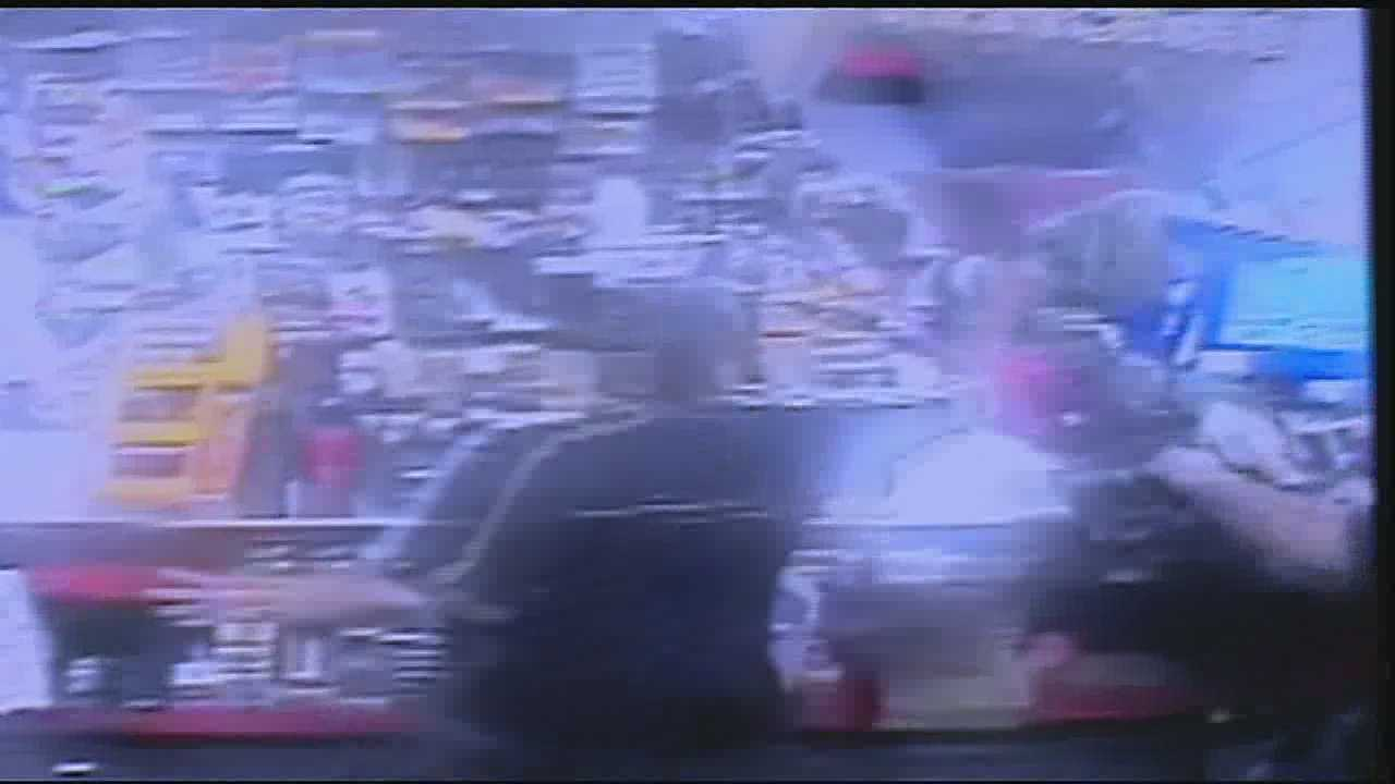 A robber ran into some trouble as she hit a Gert Town convenience store last weekend.