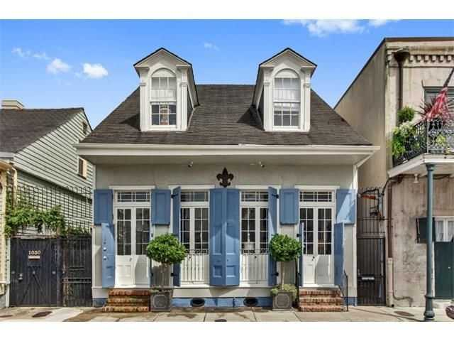 This week's Mansion Monday takes us to the French Quarter, where a home is on the market for $1,295,000. Contact Gardner Realtors at 504-251-6400 for more information.