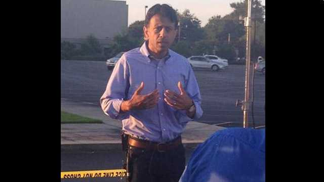 """Governor Bobby Jindal has been on the scene all night and morning. He'll address the media shortly."" @wdsu #LafayetteShooting"
