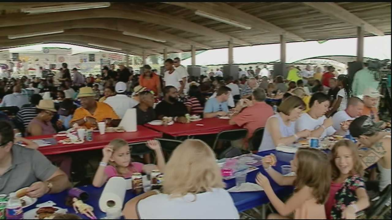 Hundred of members of various labor unions turned out Monday for the annual New Orleans AFL-CIO picnic at City Park.