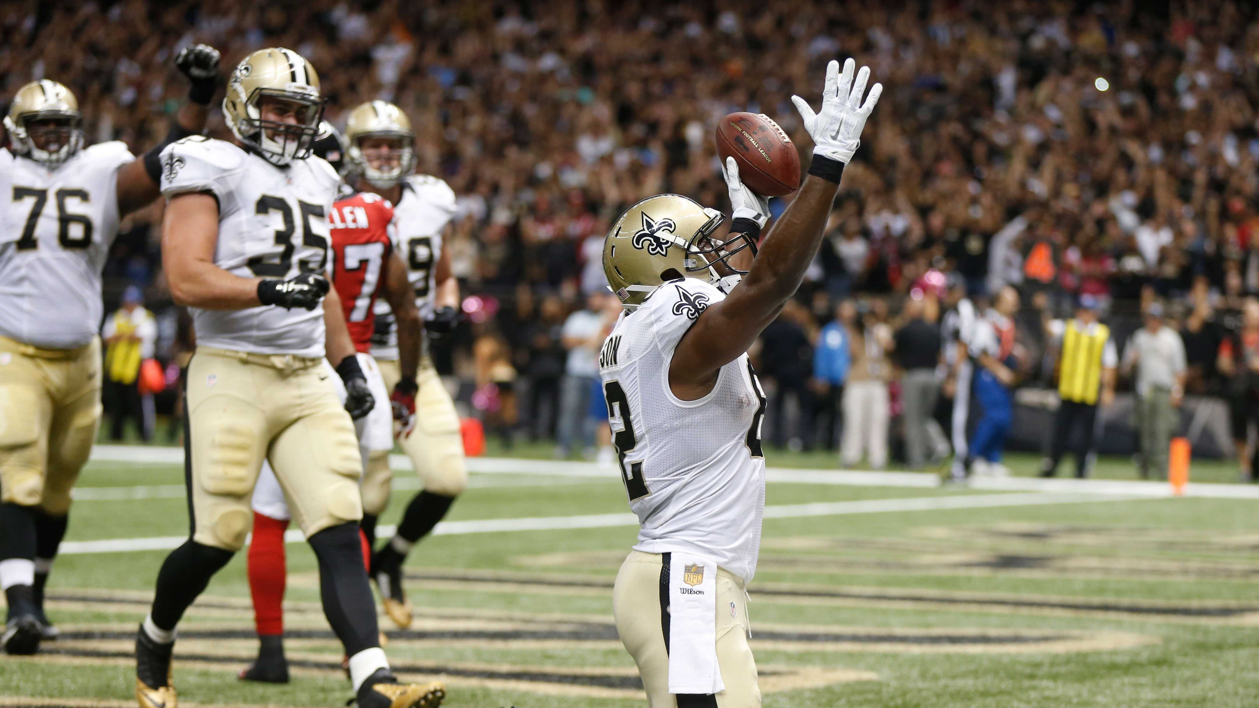 New Orleans Saints tight end Benjamin Watson (82) celebrates his touchdown catch against the Atlanta Falcons during the second half of an NFL football game, Thursday, Oct. 15, 2015, in New Orleans.