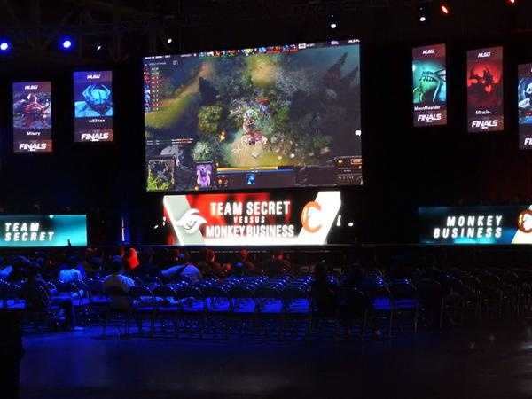 Team Secret vs Team Monkey Business at the MLG World Finals in New Orleans.