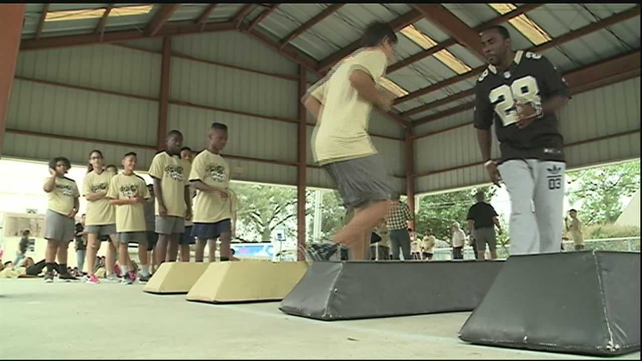 The National Football League and National Dairy Council's Fuel Up to Play 60 program awarded Jefferson Parish Schools a grant aimed at helping the school promote healthy eating and physical activity among students.