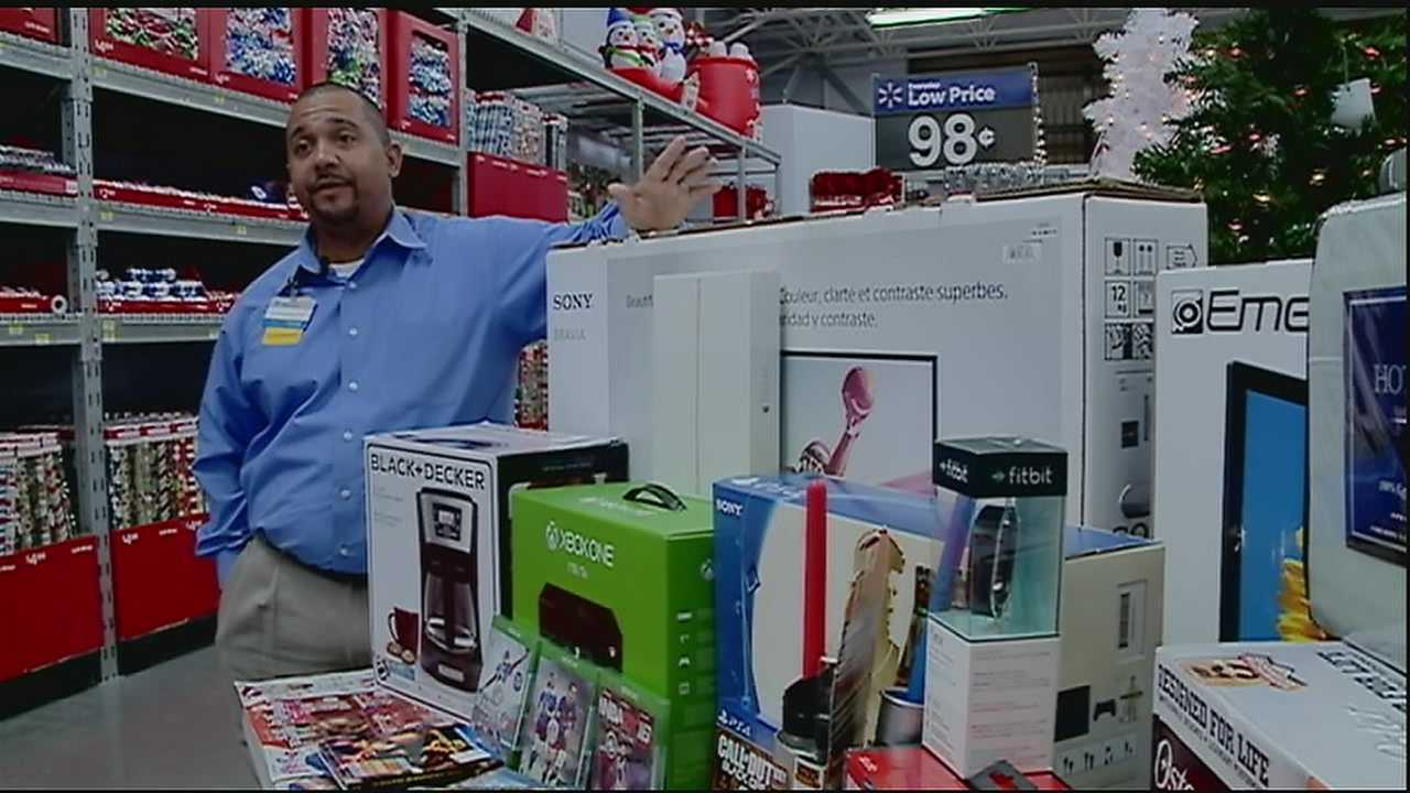 It's how many people across the country plan to work off Thanksgiving meals -- dashing through stores looking for deals.