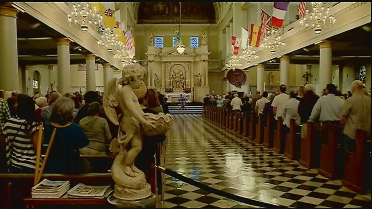 Hundreds attended Mass on Sunday in the French Quarter to remember those who lost their lives in the line of duty.