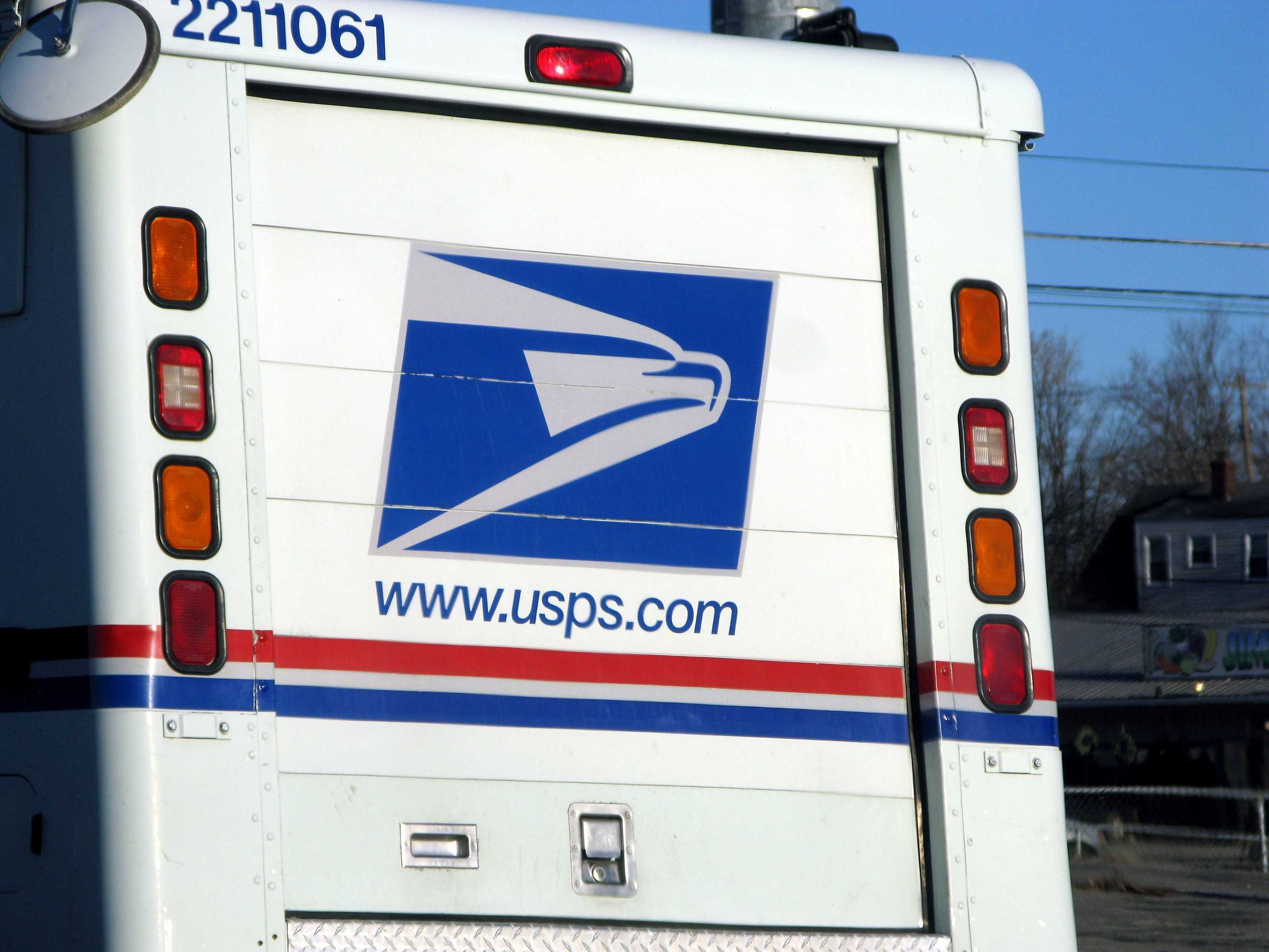 USPS: Saturday deadline to mail greeting cards, packages to ensure ...